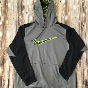 Men's Nike thermal fit neon camp pullover